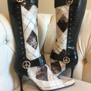 DONALD J. PLINER Black Leather Vice Boots 10